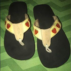 Shoes - Soda Summer Tropic Sandals